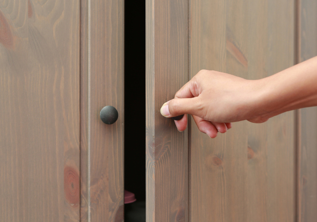 How to Give Your Pantry Doors Some Spice