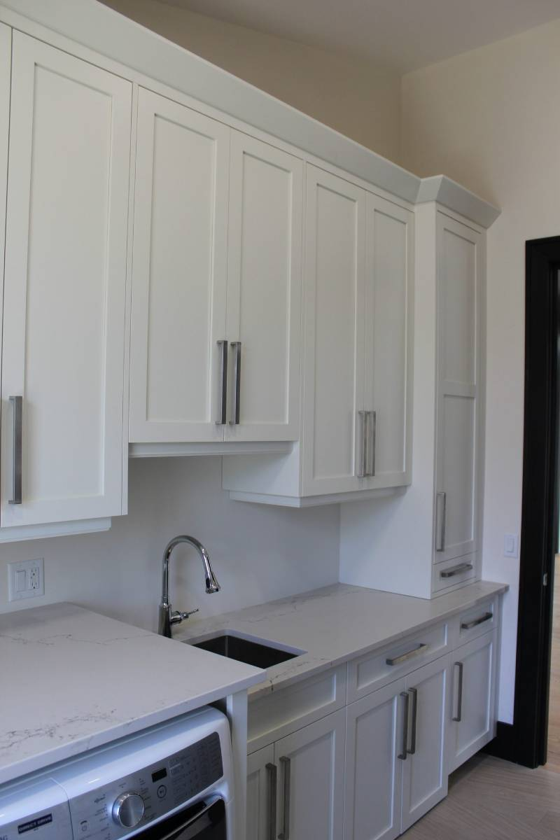 clean look cabinet design