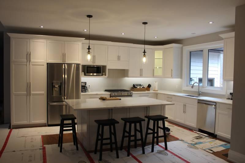 dim light kitchen