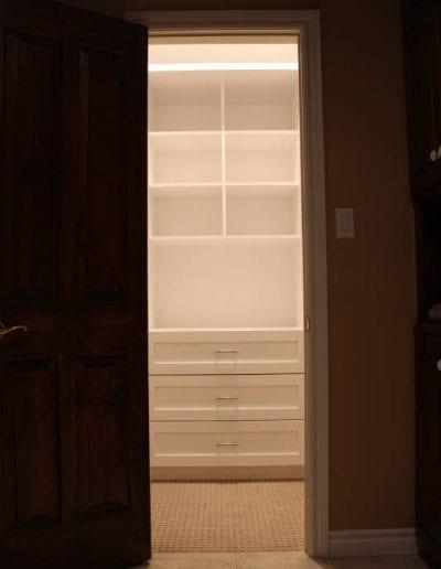 modern closet design