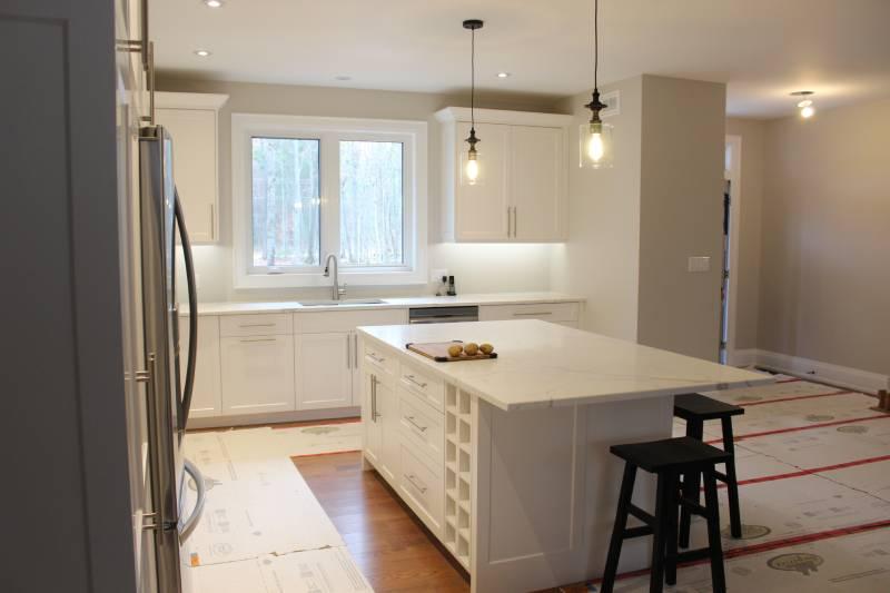 white themed kitchen design