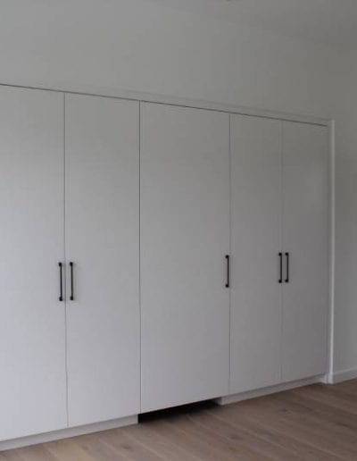 simple closet design